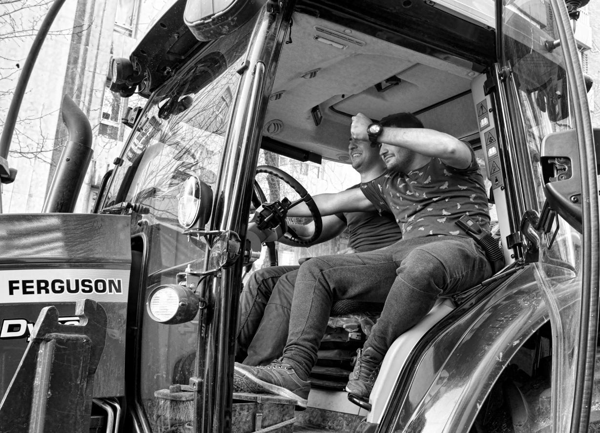 Manifestación del olivar tractores 04