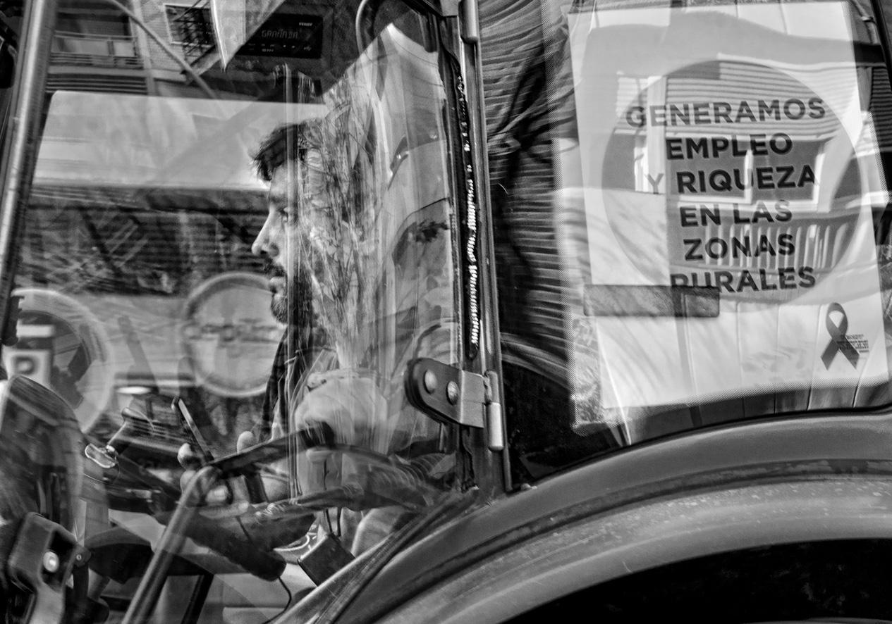 Manifestación del olivar tractores 06